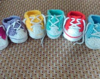 Crochet baby trainers/high-tops