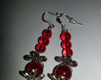 Red beaded earrings with flowers, flower bead caps, flower earrings, red earrings, beaded earrings