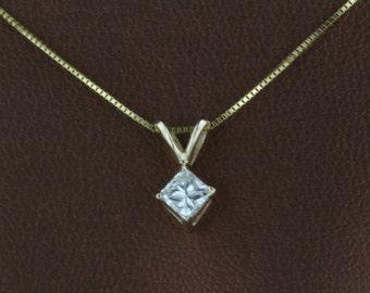 SUPER SALE 0.28CT Natural Diamond F/G SI2/SI3 Princess Cut 14k White/Yellow Gold Pendent