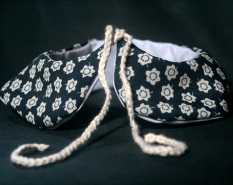Col Claudine reversible removable liberty flowers