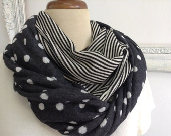 Long scarve with dots and stripes