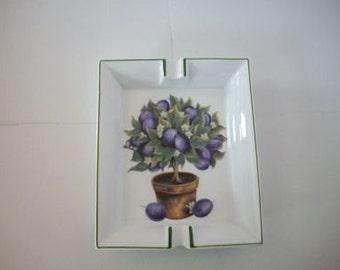 Ashtray Vintage porcelain