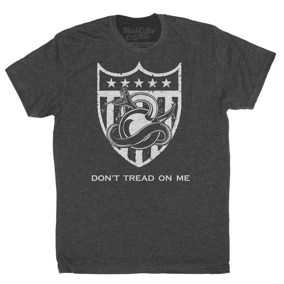 Gym Shirt - Mens Crossfit Shirt - American Gym Shirt - Dont Tred on Me Kettlebell T-Shirt - Army Shirt - Hand Screen Printed Mens Shirt