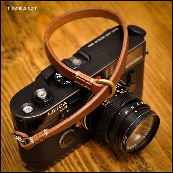 short wrist camera strap