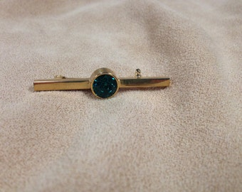 Vintage Goldtone and Green Gemstone Pin/Brooch