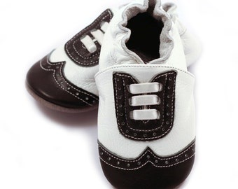 Wingtip leather baby shoes, white and black, for baby boys, dressy leather shoes, baby booties, crib shoes, baby moccasins
