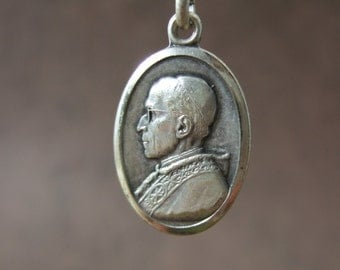 "Vintage Catholic POPE PIUS XII pendant Medal ""Pope of Peace"" silver finish from 1950's"