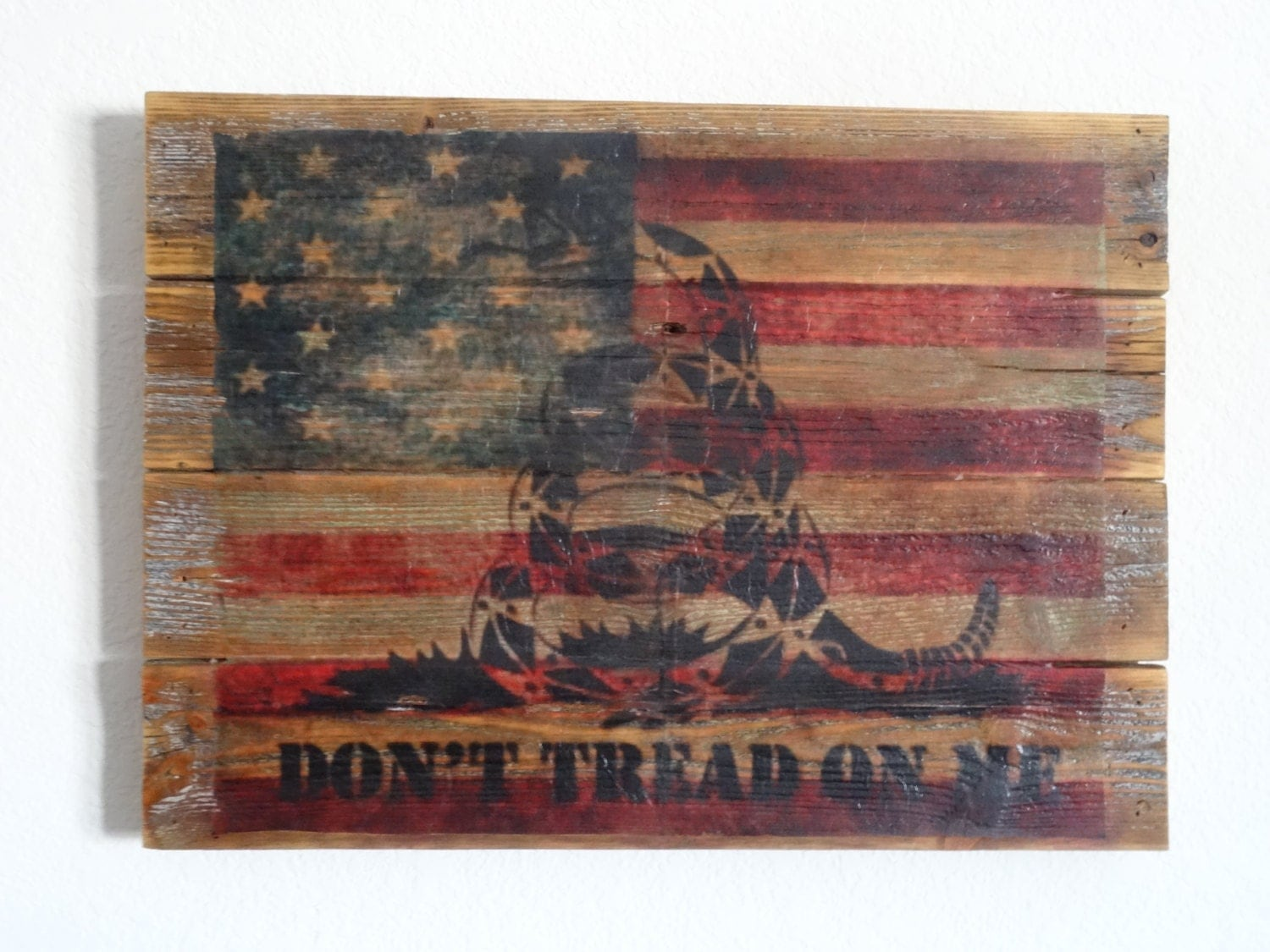 🔎zoom - Don't Tread On Me Reclaimed Wood Sign Depicting
