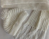Childs Winter Hat Scarf Set Crochet Soft White - Young child
