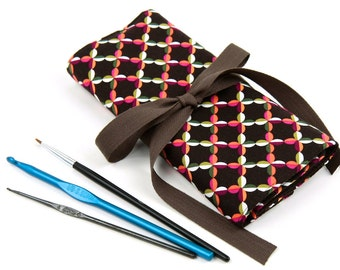 Crochet Hook Case  - Beatrice with 26 brown pockets