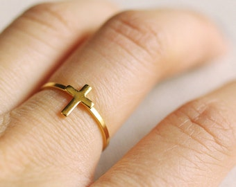 small cross ring . silver cross ring . stackable cross ring . gold cross ring . minimalist jewelry . stackable cross ring // 4VCRS