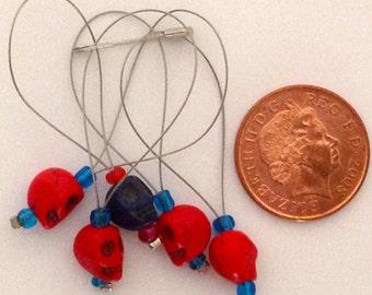 Scull Stitch marker red & blue
