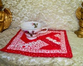 Mug Rug Quilted Candle Mat  snack Mat Valentine Hearts Red #2