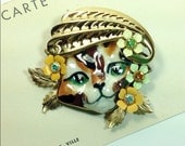Vintage collage brooch ceramic cat with enamel flowers