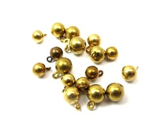 Assortment of Vintage Brass Drop Ball Charms (20X) (V143)
