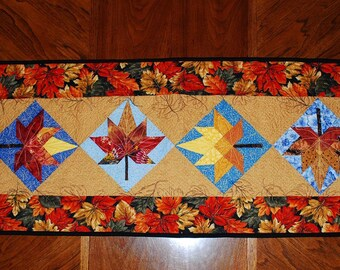 Pattern Only: Quilted Leaf Table Runner PDF Suitable for advanced beginners and beyond