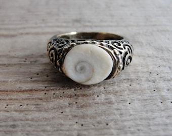 Eye of Shiva Seashell Ring Bronze Swirls (only US size 7)