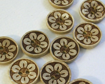 """Buttons (B60) Five 15mm - 5/8"""" Round with Flower Coconut Shell Buttons for Sewing Crochet Knitting Crafts"""