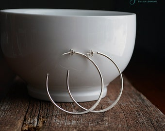 Large silver hoop earrings with hammered finish - sterling silver - ecofriendly - classic jewelry - everyday earrings - large hoop E3051