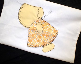 Vintage Sun Bonnet Sue Child's Pillow Case