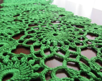 Narrow deep rich green flower hand crochet cottage chic rustic  table or dresser runner