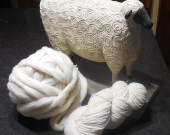 Natural Creamy White MERINO TOP                                                         8 ounces