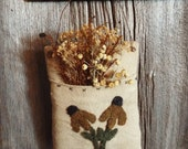 Primitive Pillow Pocket Hanger Coneflower Applique
