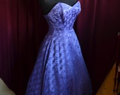 Vintage 1950s Purple Strapless Cocktail Dress with Full Skirt - Size XS