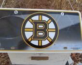 Boston Bruins NHL License Plate Birdhouse Primitive Handcrafted Birdhouse Unique Birdhouse  Outdoor birdhouse  Fully Functional birdhouse