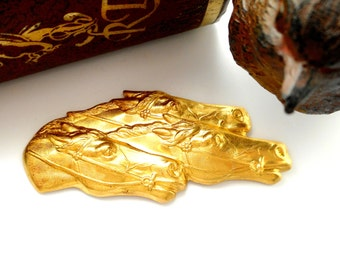 BRASS Racing Horses Stamping ~ Jewelry Ornament Findings (CA-3016) #