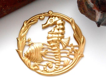 BRASS Under The Sea Round SEAHORSE Stamping  - Jewelry Findings (E-26)