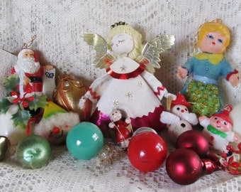 Vintage Lot Of 18 Christmas Decor For Crafting, Supplies