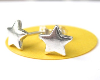 Medium Silver Stars Studs - Star Post Earrings, Star Earrings