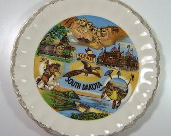 Vintage Kitsch South Dakota Souvenir Plate Corn Palace Mount Rushmore 1960's