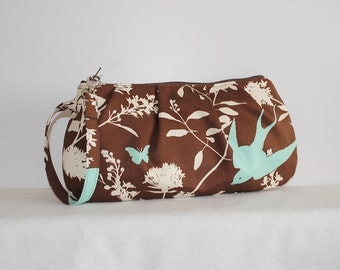 Pleated Wristlet Zipper Pouch // Clutch - Swallow Study in Chocolate