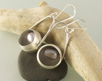 Sterling Silver Orb Earrings with Pink Pearl - E2041