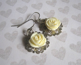 Vintage Style Cream Resin Rose Dangle Earrings