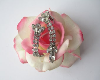 Vintage Rhinestone Silvertone Dangle Clip Earrings - Sparkle and Bling