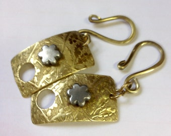 Pure Flower Mini Clasp in Brass and Aluminum with Hook - QTY 2 Handmade