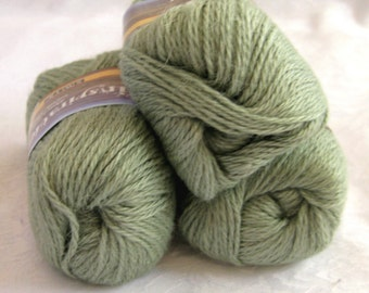 MOSS GREEN Alpaca yarn blend, worsted weight, SWTC Inspiration, Success (395)
