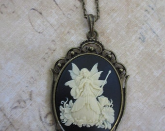 Fairy Queen Titania pendant