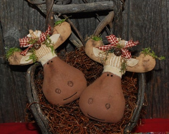 EPATTERN -- Primitive Christmas Moose Tucks Ornies Bowl Fillers