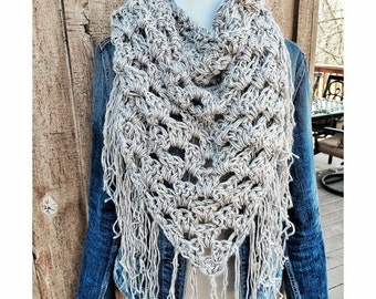 Big Fringe Chunky Triangle Scarf in Textured Taupe