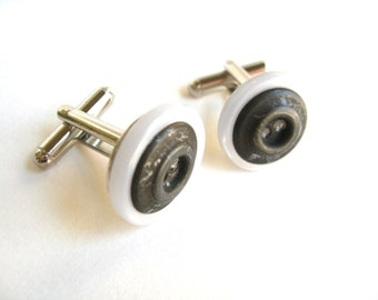 Cuff links Vintage Buttons Mens White and Gray Metal