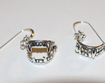 Sterling Silver 3D VAMPIRE FANGS Earrings - Moveable