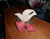 Prim Valentine Ornies Dove with Hearts