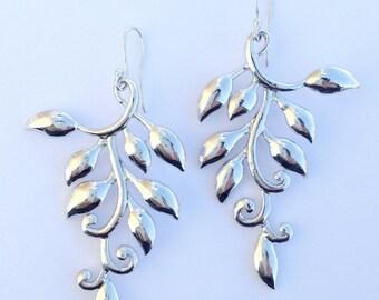 Sllver leafy branch earrings