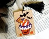 Halloween Cupcake Gift Tag w/ Tassel, Halloween Bookmark, Tea Party Favors