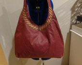 Casual maroon purse
