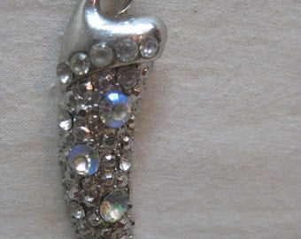 Shabby Aurora Fang Tooth Necklace Silver Vintage Pendant Rhinestone